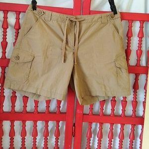 J CREW shorts sz 10